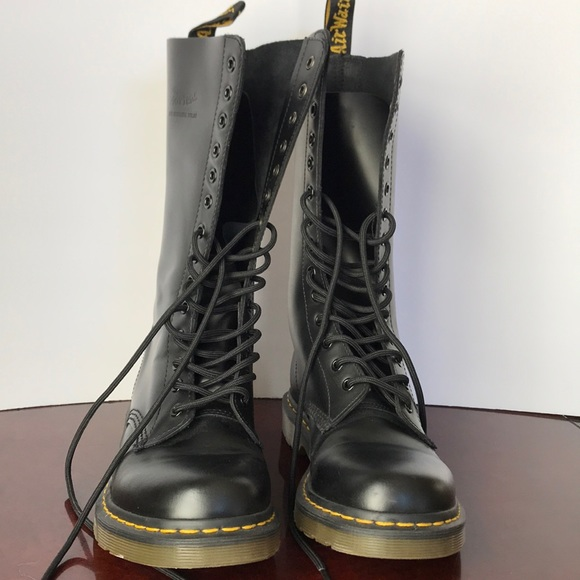 Dr. Martens Shoes - Dr. Martens 1914 Smooth Women's Boot